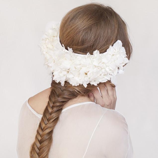 Tocado de hortensia novias