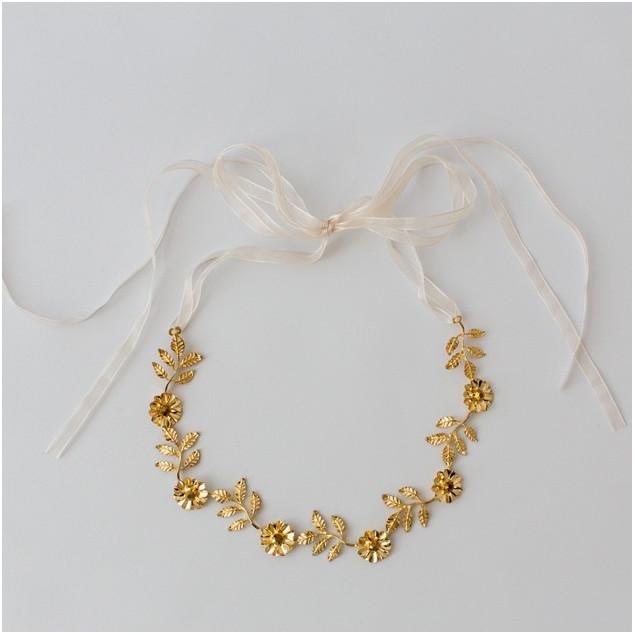 corona cinturón dorado