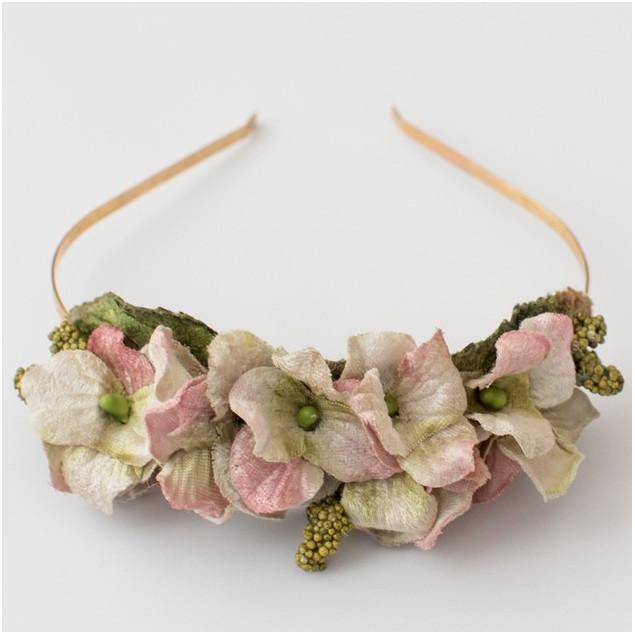 Diadema de flores de terciopelo