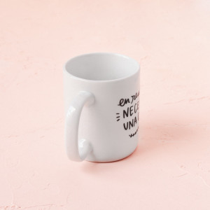 Taza Necesito una copa